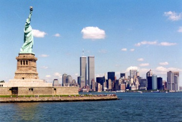 miss-liberty-twin-towers.jpg